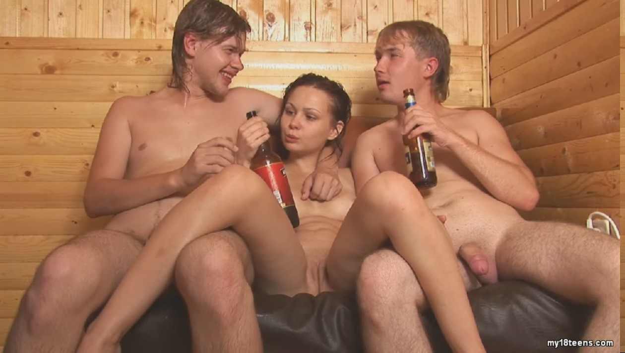 Секс с пьяной в сауне 23 фотография